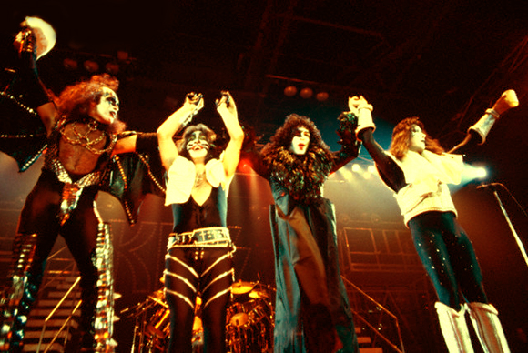 Kiss live 1978 kiss och ac dc alive ii tour 1977 1978